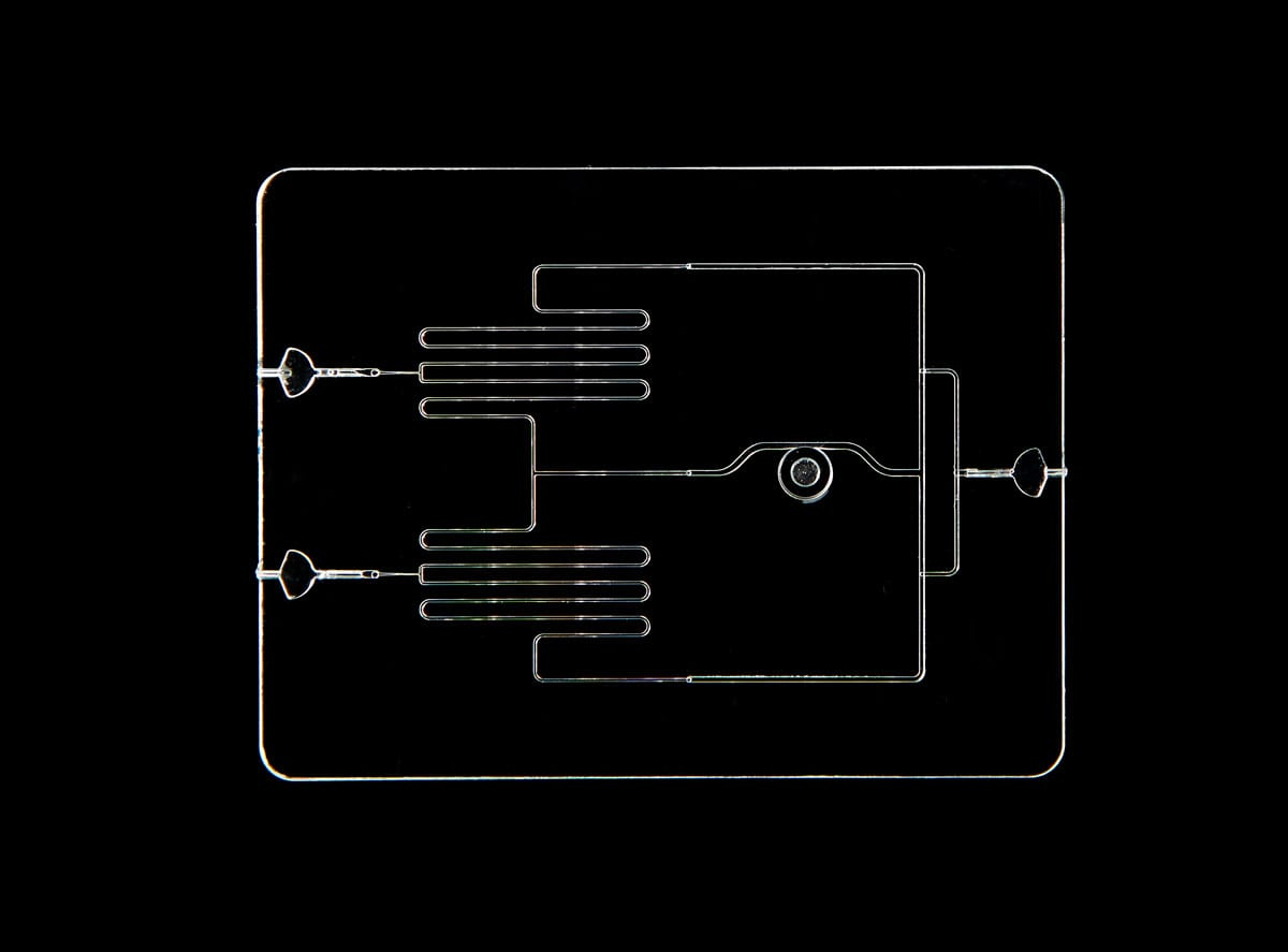 glass microfluidic device